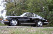 1966 Porsche 911 2.0 Coupe View 6