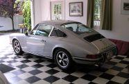 1972 Porsche 911T (RS spec) View 19