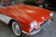 1960 Corvette Roadster View 10