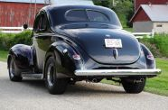 1940 Ford Business Coupe View 4