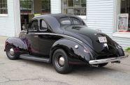 1940 Ford Business Coupe View 3