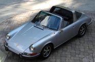 1970 Porsche 911 Targa View 3