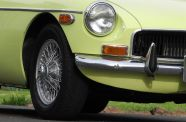 1970 MGB-GT View 12
