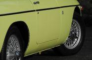 1970 MGB-GT View 16