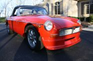 1971 MGB Roadster View 5