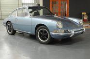1968 Porsche 912 Coupe View 4