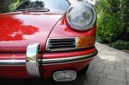 1966 Porsche 911 Coupe View 20