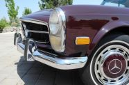 1969 Mercedes Benz 280SL View 16