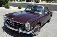 1969 Mercedes Benz 280SL View 3