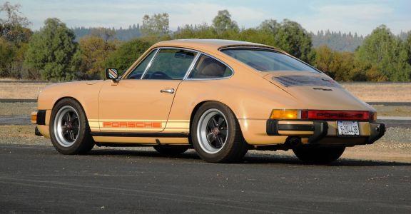 1978 Porsche 911SC  perspective