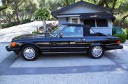 Mercedes Benz 560SL One owner!  View 23