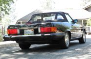 Mercedes Benz 560SL One owner!  View 10
