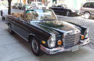 1971 Mercedes 280SE 3.5 Cab View 3