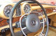 1971 Mercedes 280SE 3.5 Cab View 24